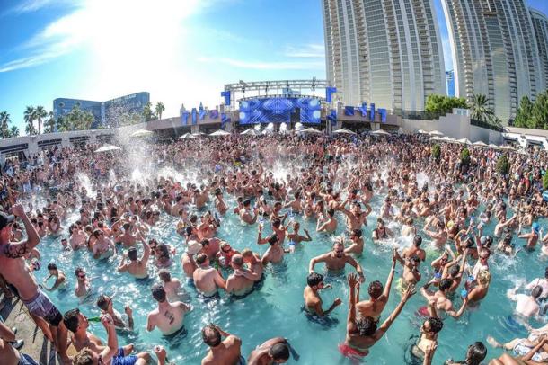 wet republic vegas best pools 2015